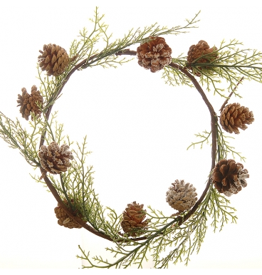Wreath fern with pine cones