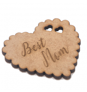 Wooden tag reading best mom