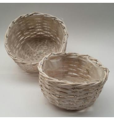 Round baskets whitewashed