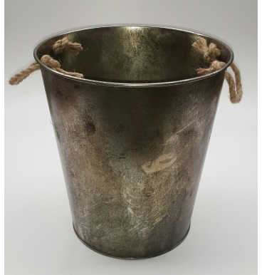 Rustic bucket with handles