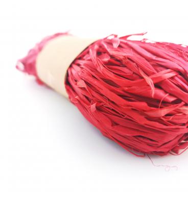 Red raffia ribbons 30g