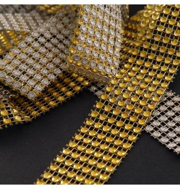Diamond linked gold wrap