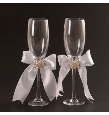 Set of 2 champagne glasses for wedding events
