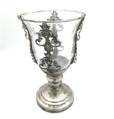Fancy glass candle holder with silver holder